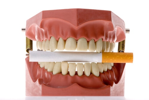 Smoking Increases The Risk of Oral Cancer